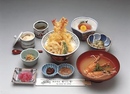 天丼(エビとイカと野菜丼)